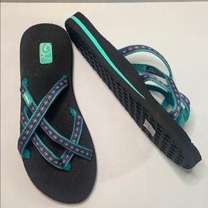 Teva Mush sandals size 7. New condition